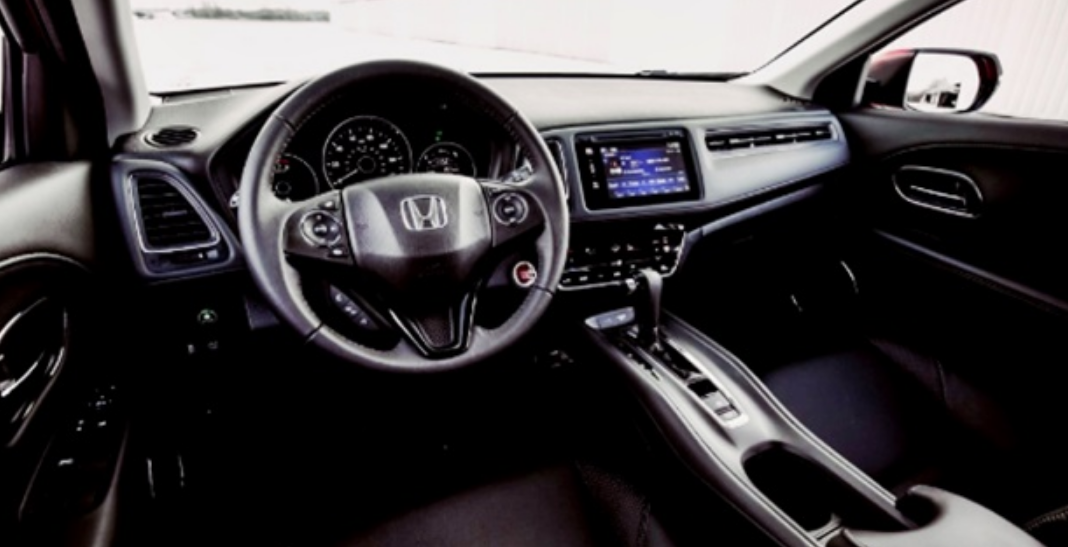2020 Honda HR-V Features Spied Interior